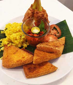 Nasi Campur, the wonder of Indonesian Cuisine