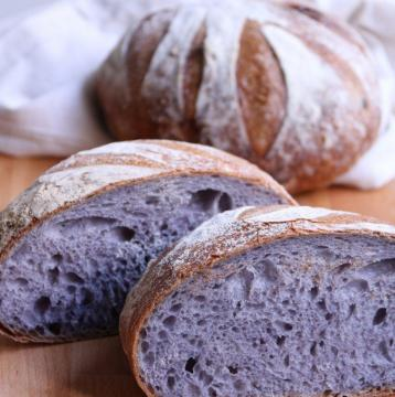 Basic Breads: Using Natural Colorings in our Breads