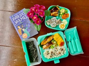 Japanese Bento Box with Yaytray Lunchboxes