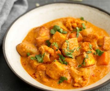 North Indian Vegetarian: Paneer Makhni