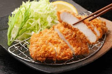 Japanese Cuisine : East Meets West