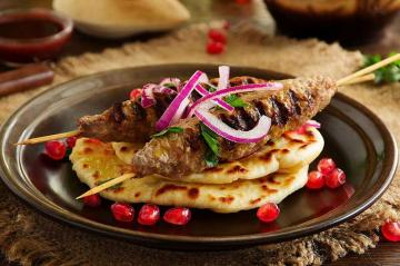 Cooking With A Tandoor Oven : Seekh Kebab